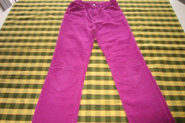 Pantalón de corderoy, color violeta oscuro, marca europea!!!, casi nuevo!!!, impecable estado!!