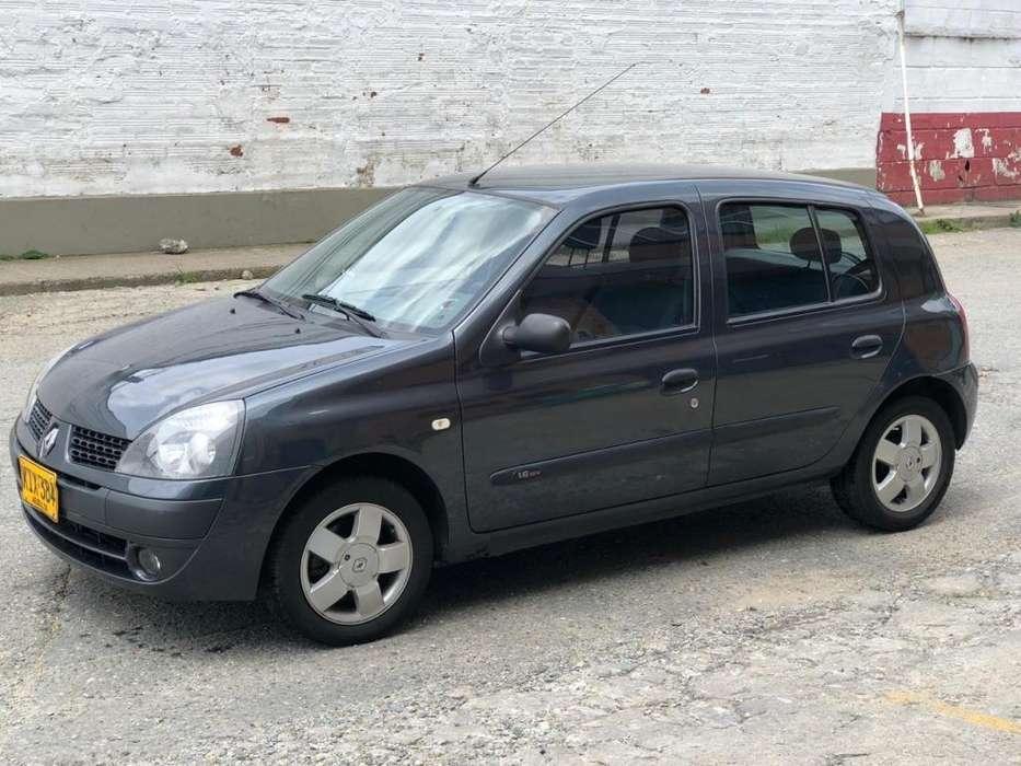 Renault Clio  2011 - 80000 km