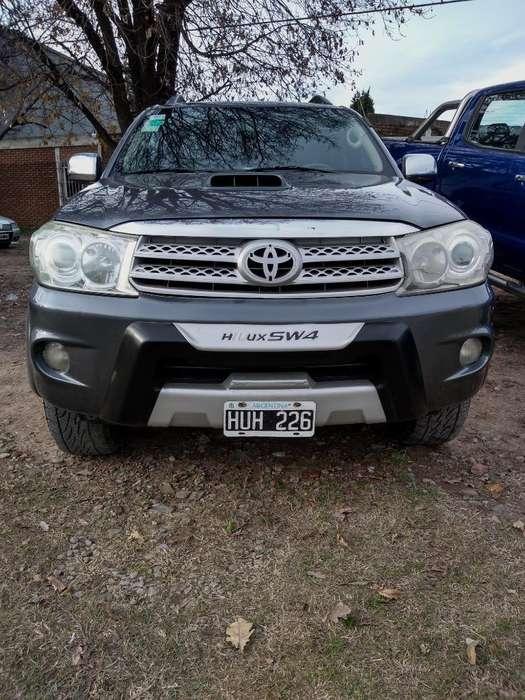 Toyota Hilux SW4 2009 - 11111 km