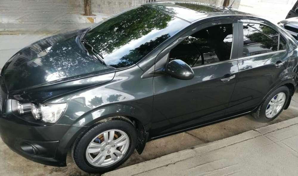 Chevrolet Sonic 2015 - 48000 km