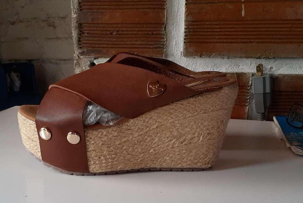 Sandalias de Tacon Nuevas Talla 36