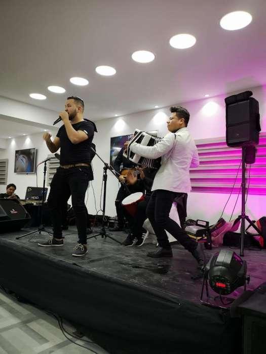 Grupo de vallenato y cumbia 0984904027