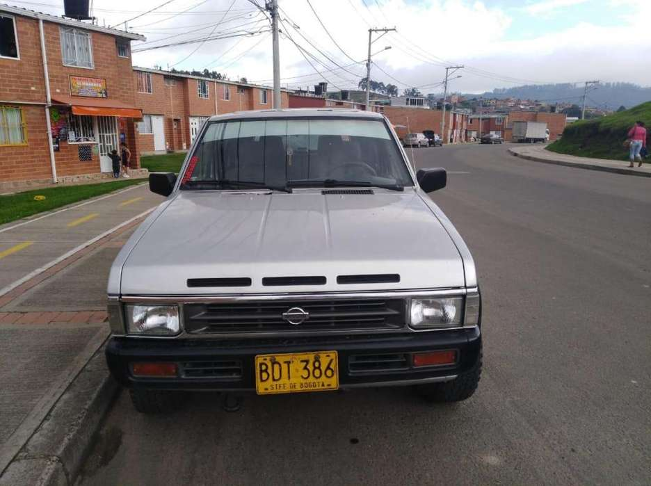 Nissan Pathfinder 1994 - 179850 km