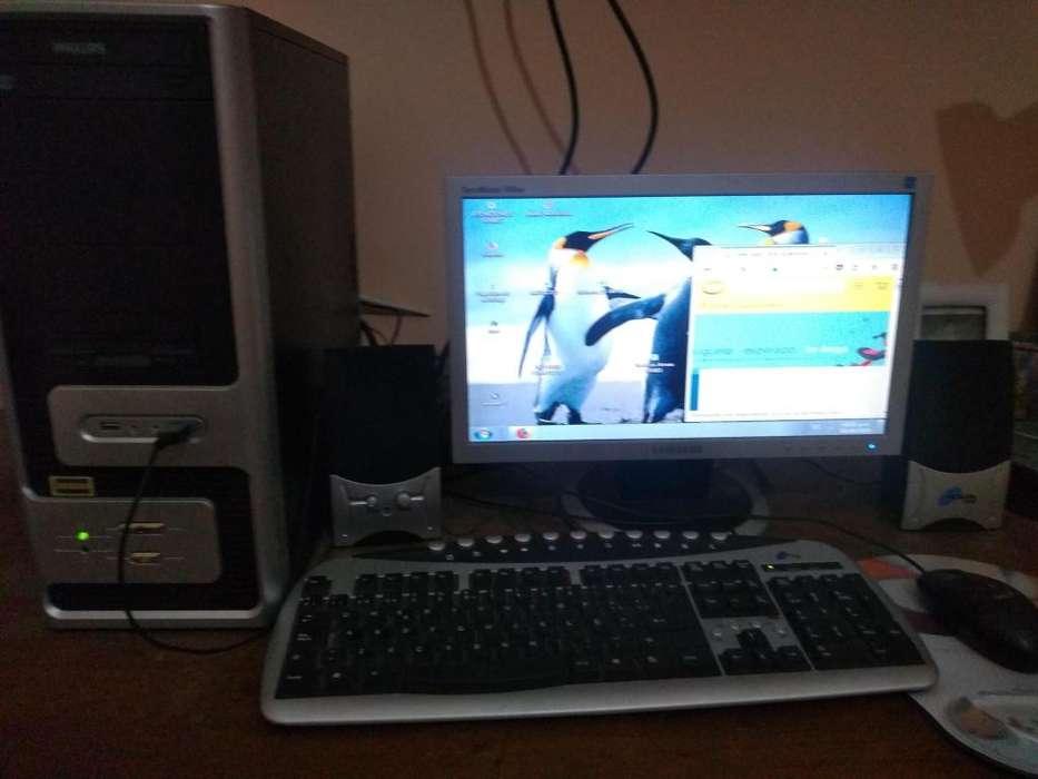 Cpu con Monitor Samsung Intel
