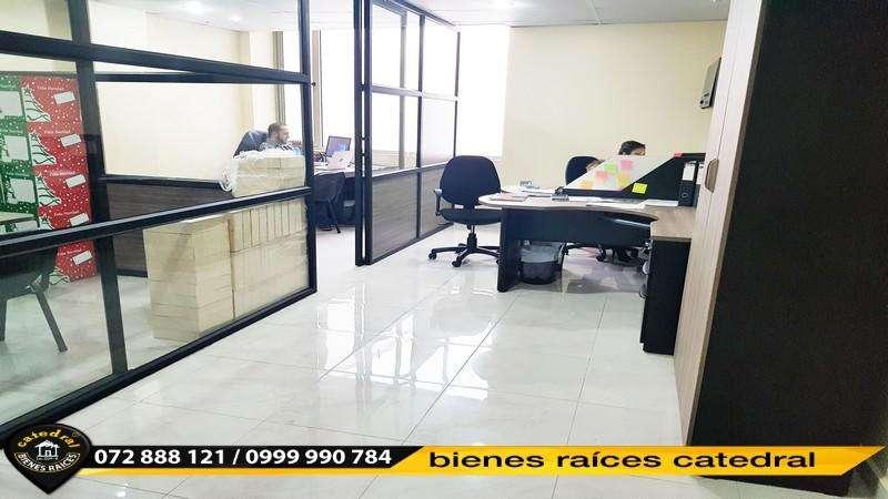 Local Comercial Oficina de venta en Remigio Crespo – código:15400