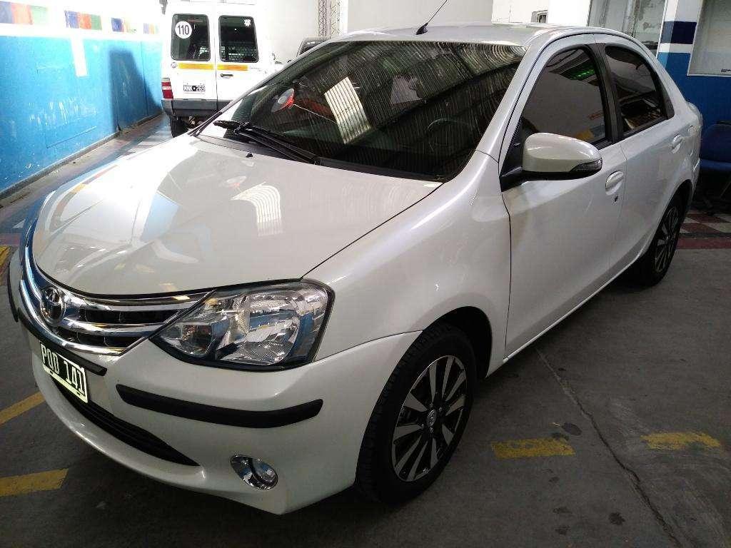 Toyota Etios Platinum 1.5 Mt