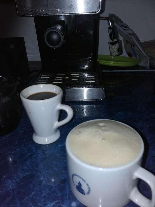Cafetera Impor Y Trafo 220 a 110 1000va