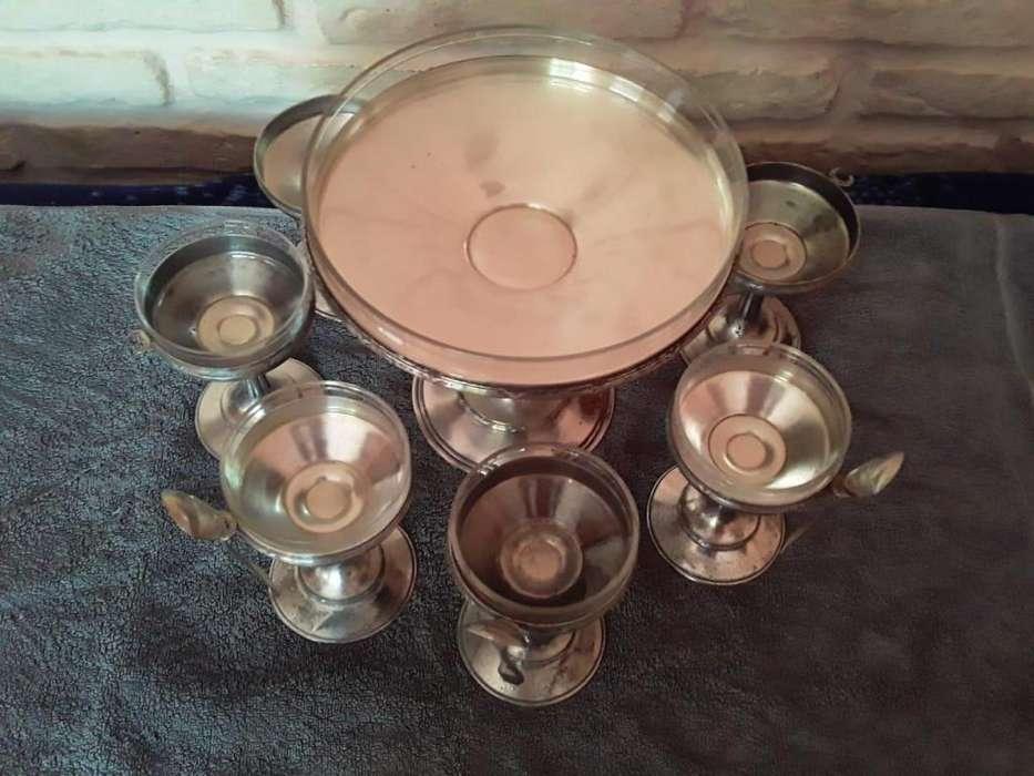 Copas y Bandeja antiguas para Helado bañadas en plata