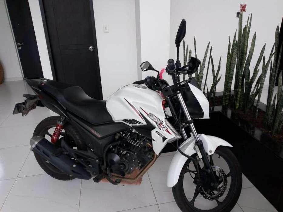 MOTO AKT CR 4 MODELO 2019