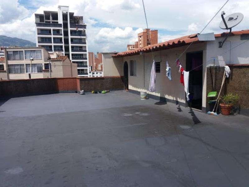 Casa-Local En Arriendo En Medellin Belén Miravalle Cod. ABAIN58