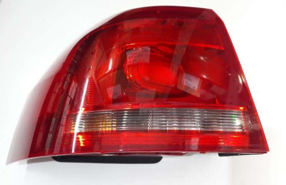 FARO VW SURAN 2010 al 15 TRASERO EXTERIOR