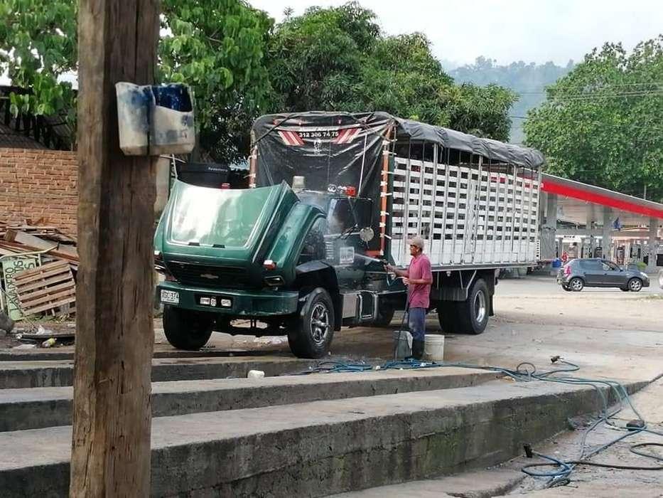 se vende camión kodiak modelo 99