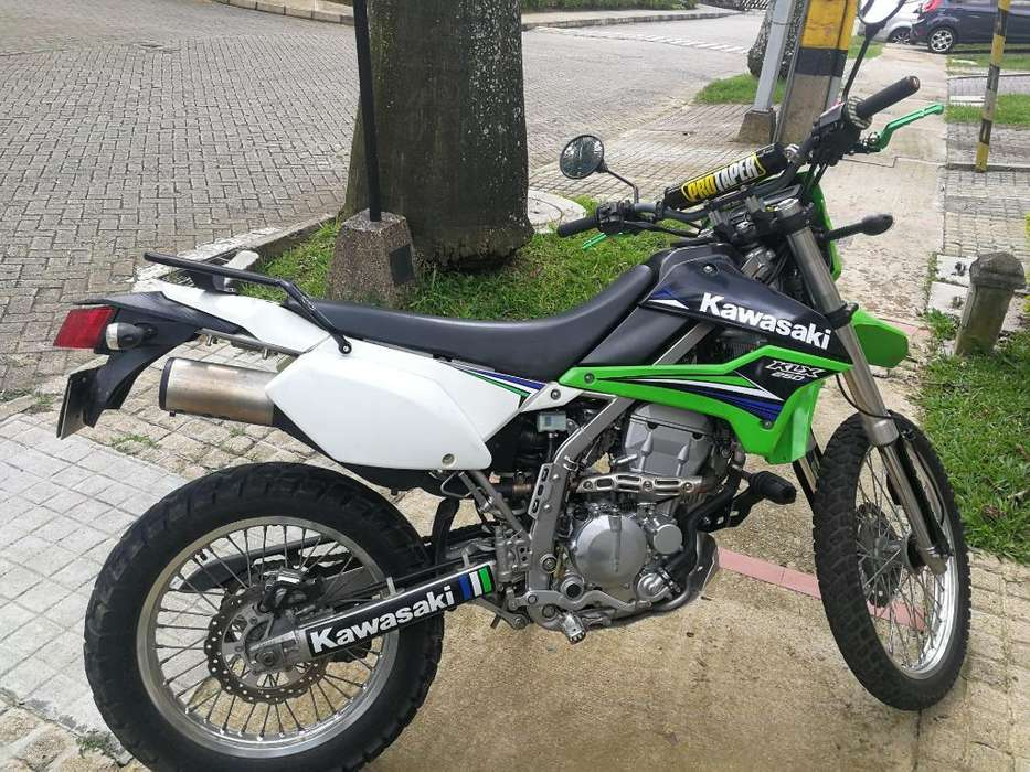 <strong>kawasaki</strong> Klx 250 Mod 2014.