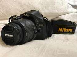 CAMARA PROFESIONAL NIKON D5200 IMPECABLE!