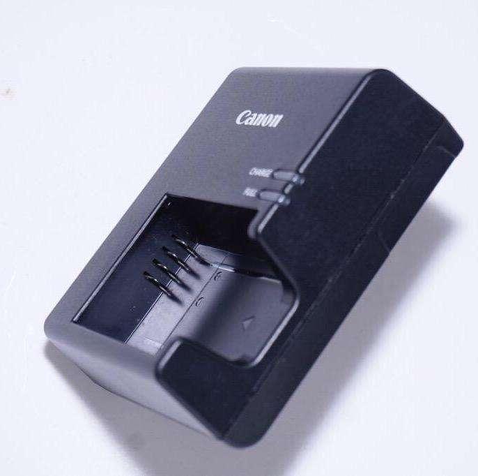 Cargador Canon T6 T5 T3 LCE10