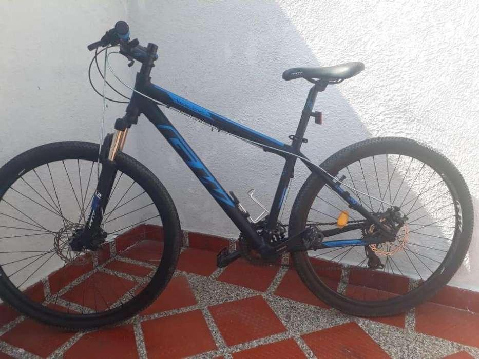 Vendo bicicleta gw scorpion rin 29