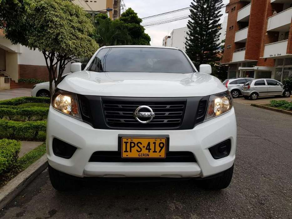 Nissan Frontier 2017 - 32000 km