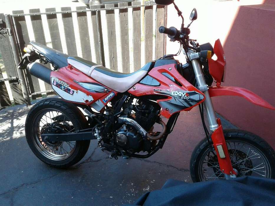 Vendo Moto Guerrero 200 Motard