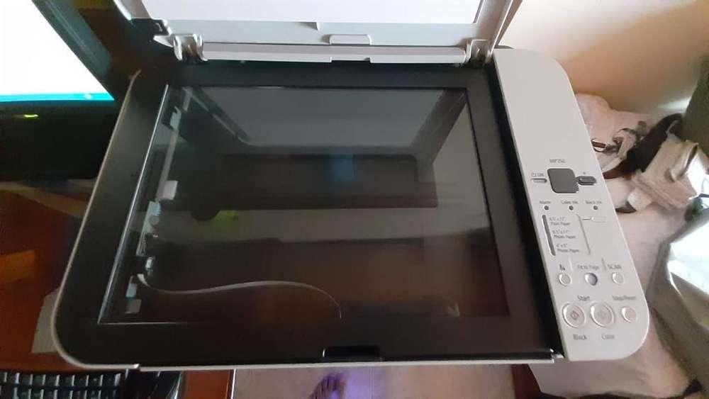 Impresora Cannon Multifuncional Mp250