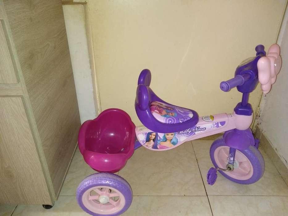 Triciclo Musical de Niña