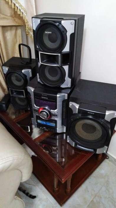 Equipo de Sonido Sony Usb 3 B de Cd