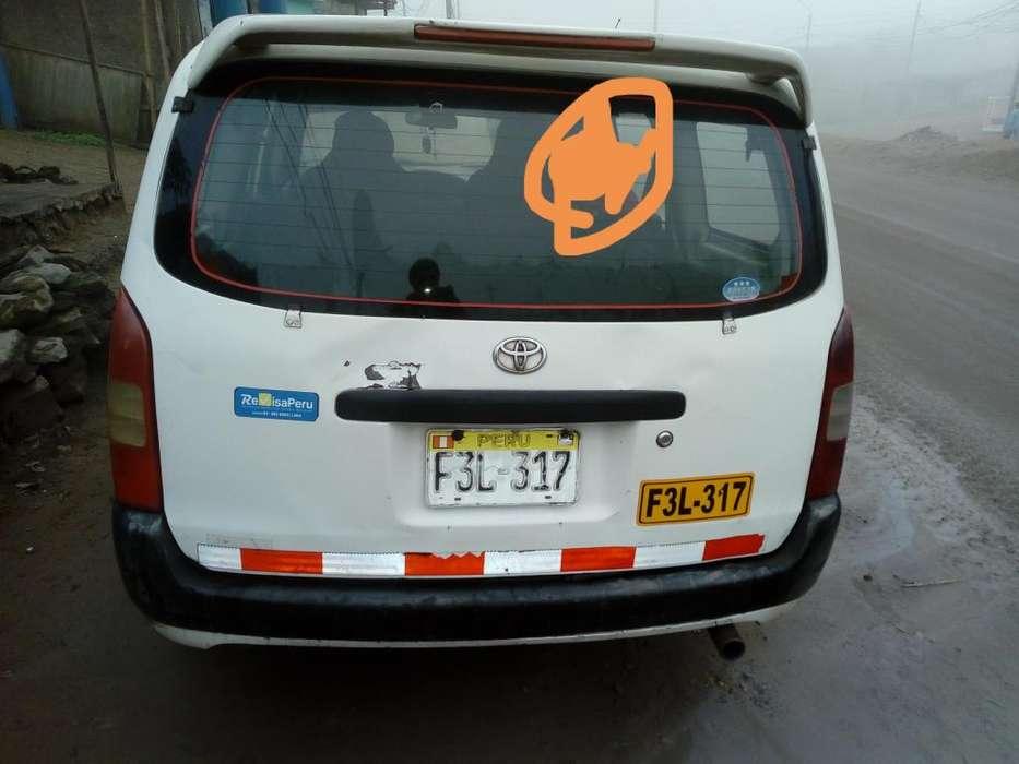 Toyota Prius 2006 - 3 km