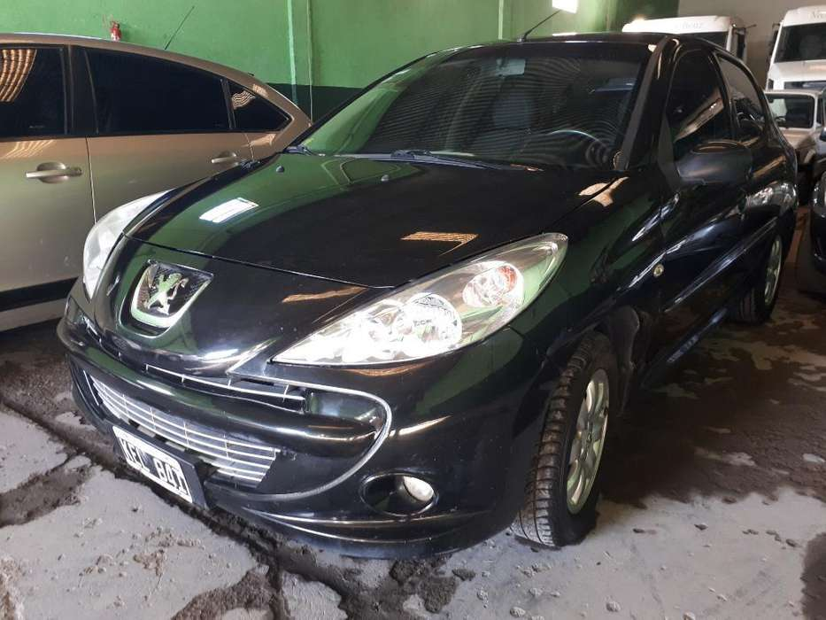 Peugeot 207 Compact 2011 - 135000 km