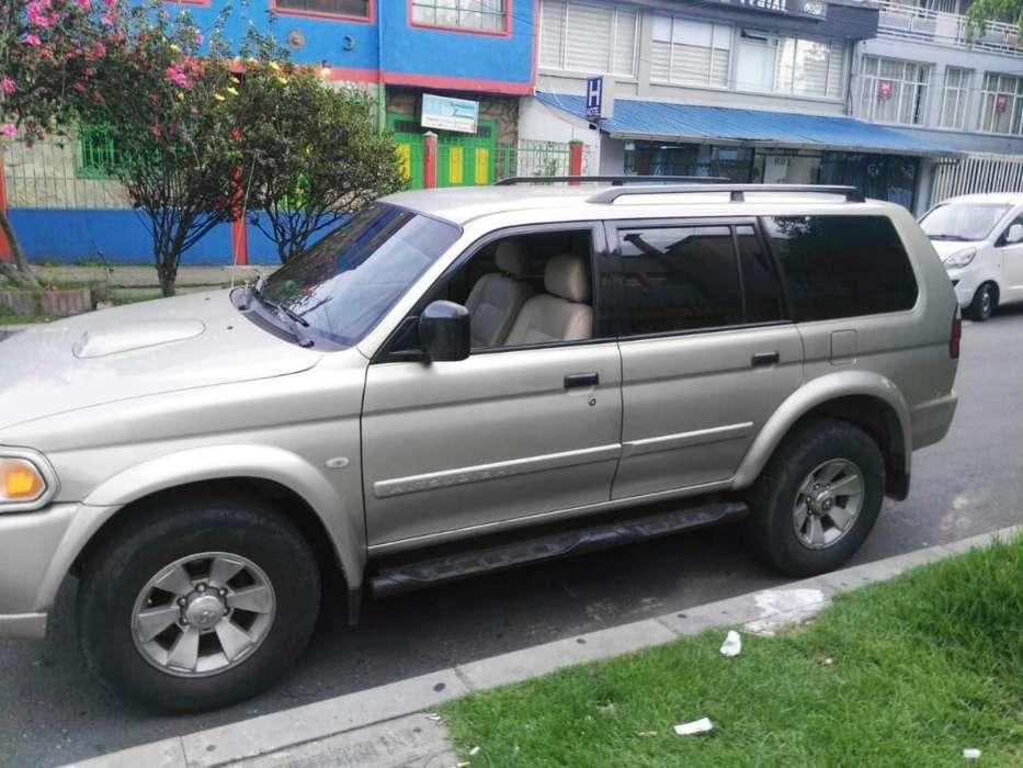 Mitsubishi Nativa 2009 - 176000 km