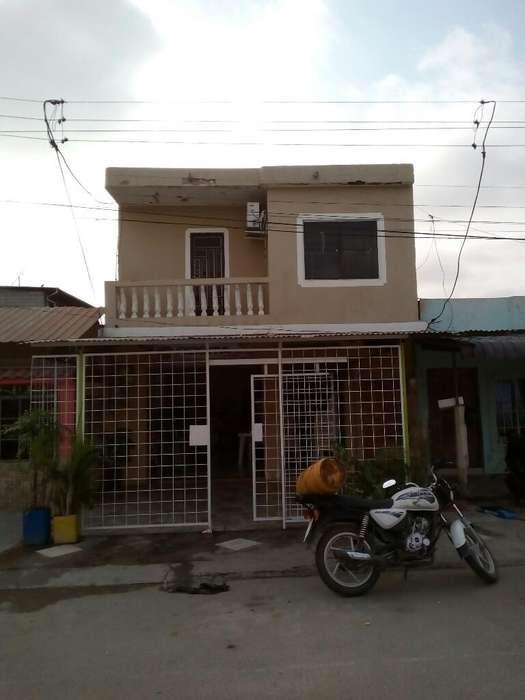 Se Vende Casa en Huaquillas