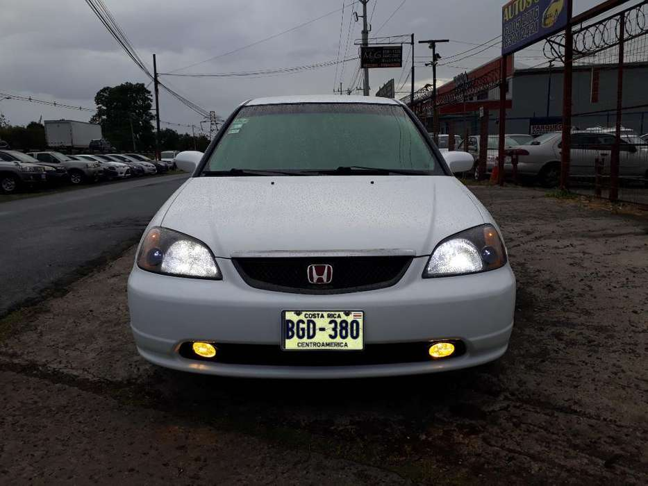 Honda Civic 2001 - 100 km