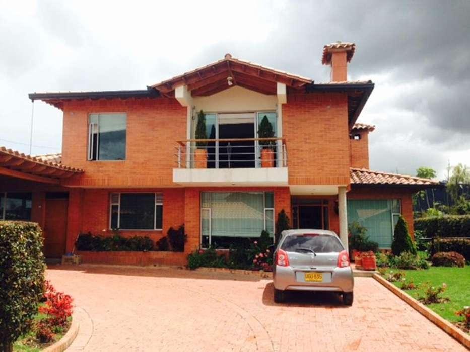 Hermosa casa en venta Chia