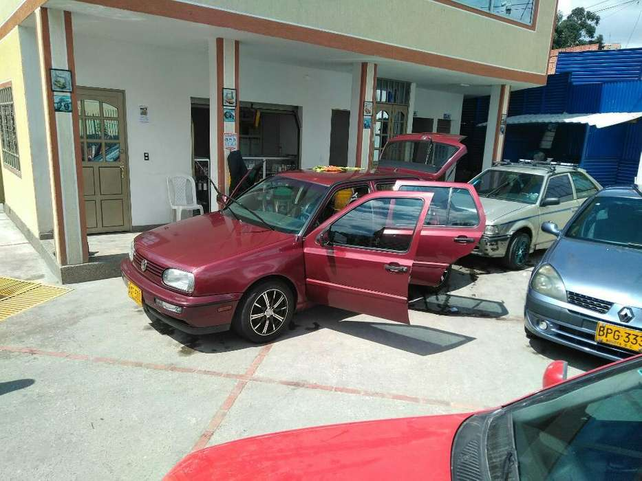 Volkswagen Golf 1998 - 190000 km