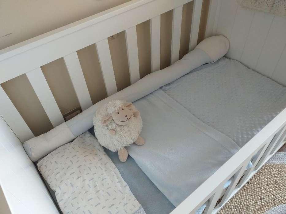 Cuna de Bebe Impecable ( de Rn a 4 Años)