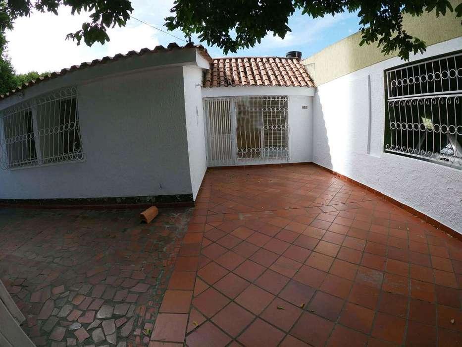 Se Arrienda <strong>casa</strong> en Quinta Bosch, Código: 1048