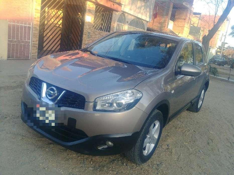 Nissan Qashqai  2013 - 105000 km