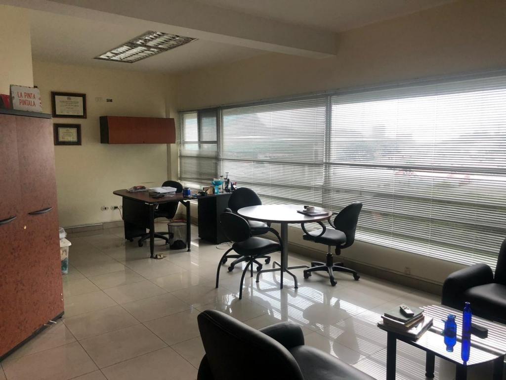 Oficina de Venta 170 m Olivos Bussines Center