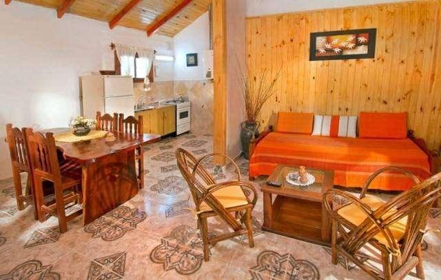 ag82 - Cabaña para 2 a 5 personas con cochera en Villa Ciudad Parque