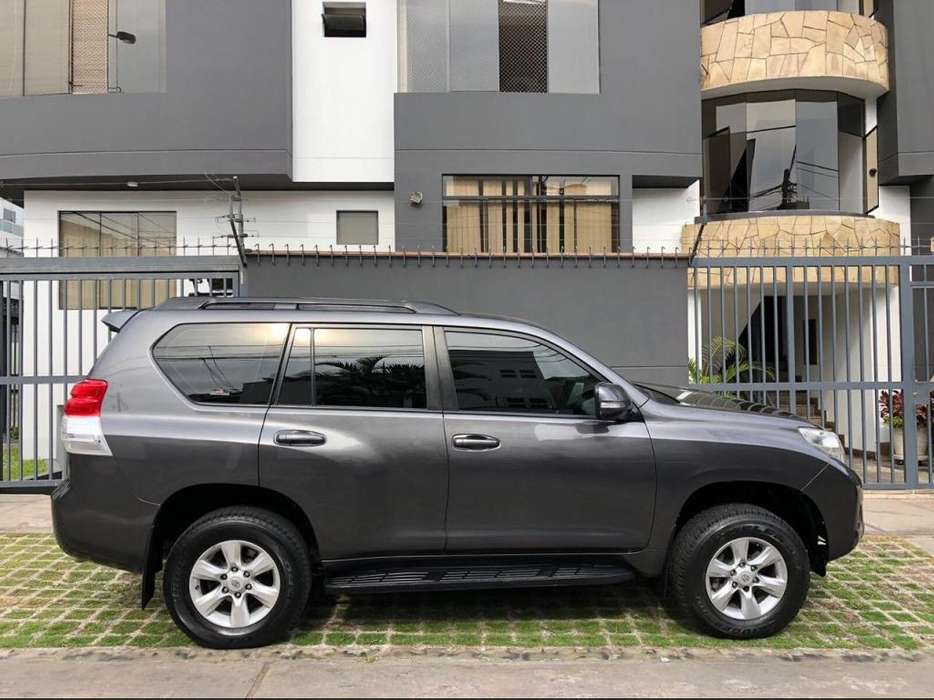 Toyota Land Cruiser Prado 2012 - 65000 km