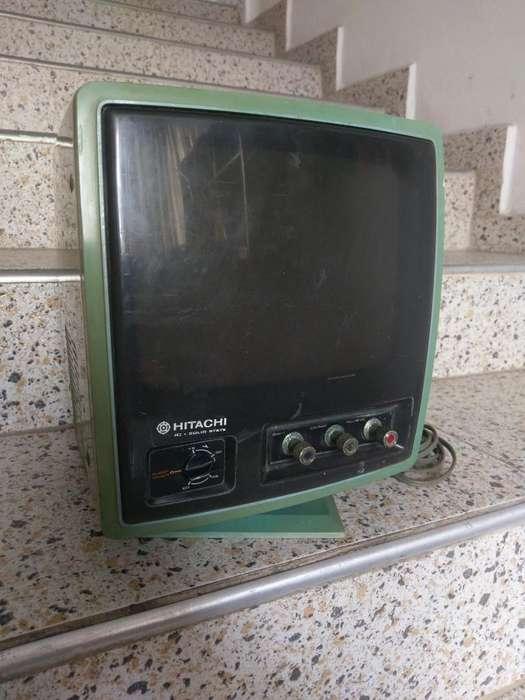Televisor Antiguo Pequeño 1976 Funcional