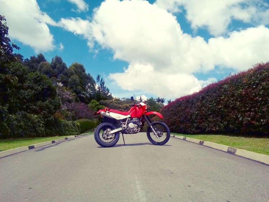 Honda XR 650L Japonesa