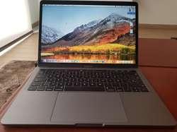 Macbook Pro 13' Retina Touch Bar 3.1 Ghz
