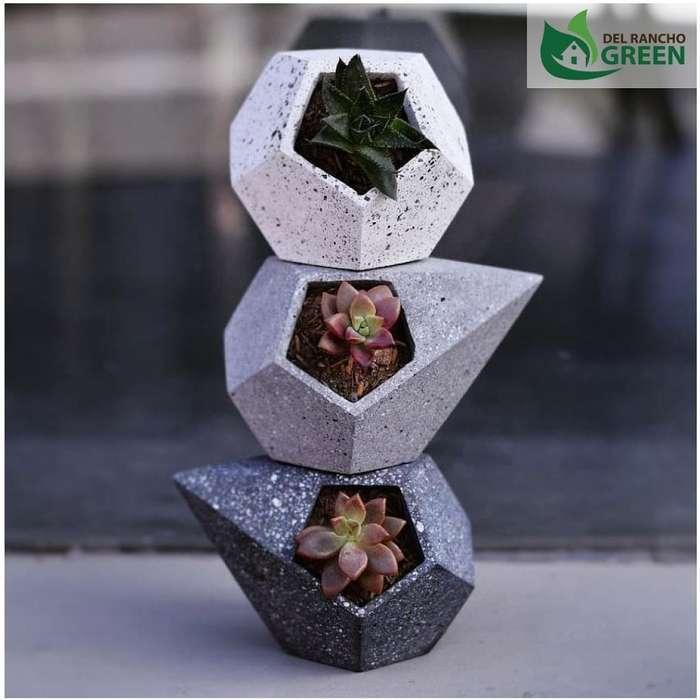 Materos Geométricos Hechos en Cemento