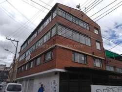Edificio de cuatro pisos  60-00015