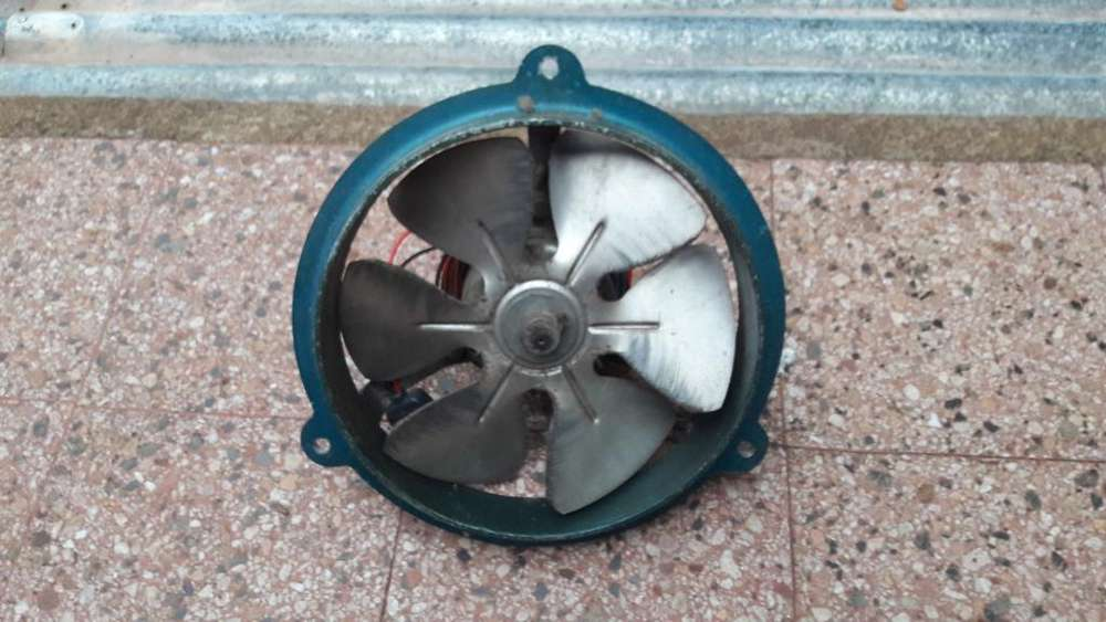 Extractor de Pared Ital Air de 25cm