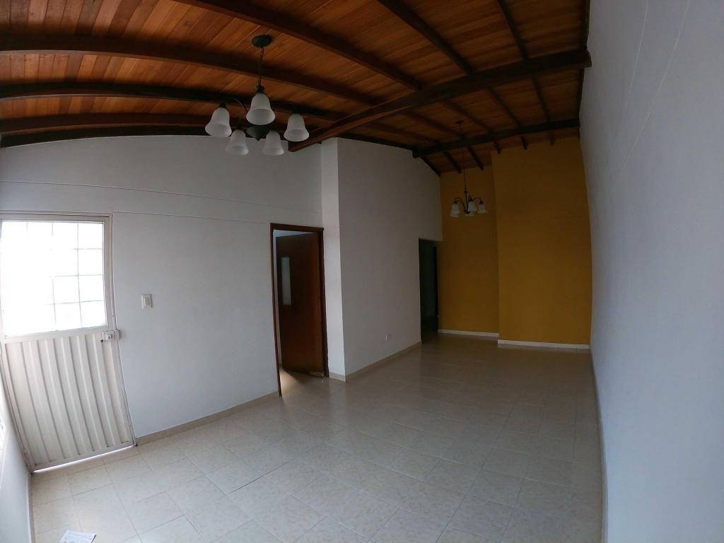 Casa en Villas del Escobal, Código 864