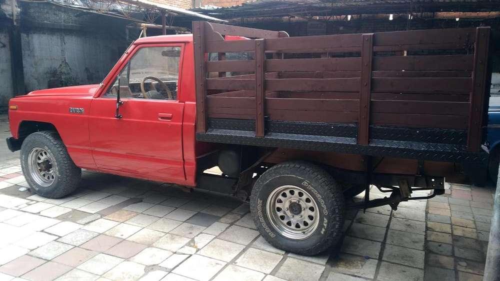 Nissan Patrol  1983 - 200000 km