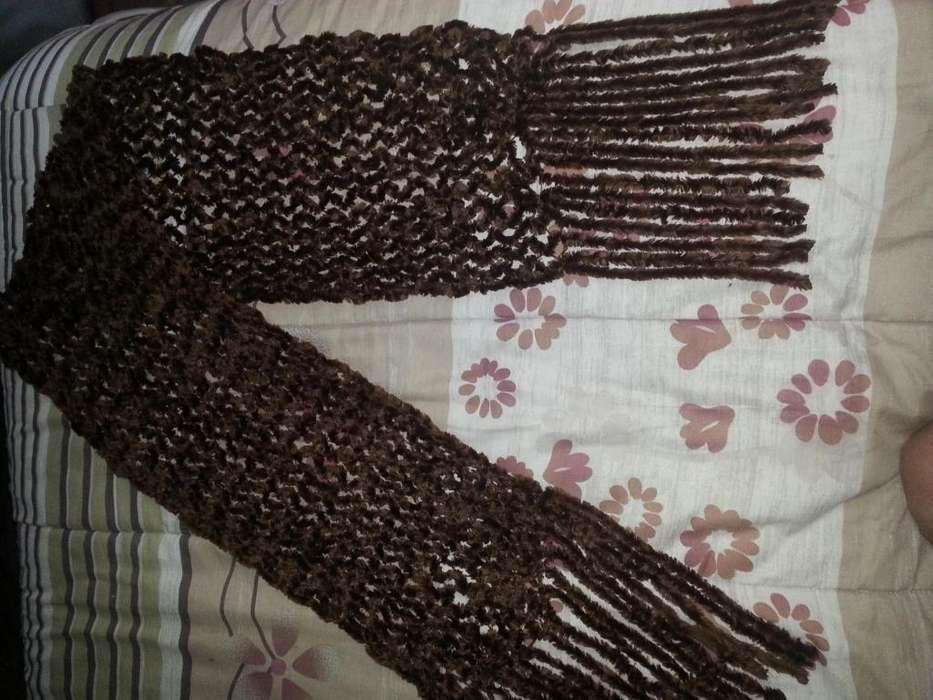 Bufanda Marrón Cobrizo peluda muy abragada