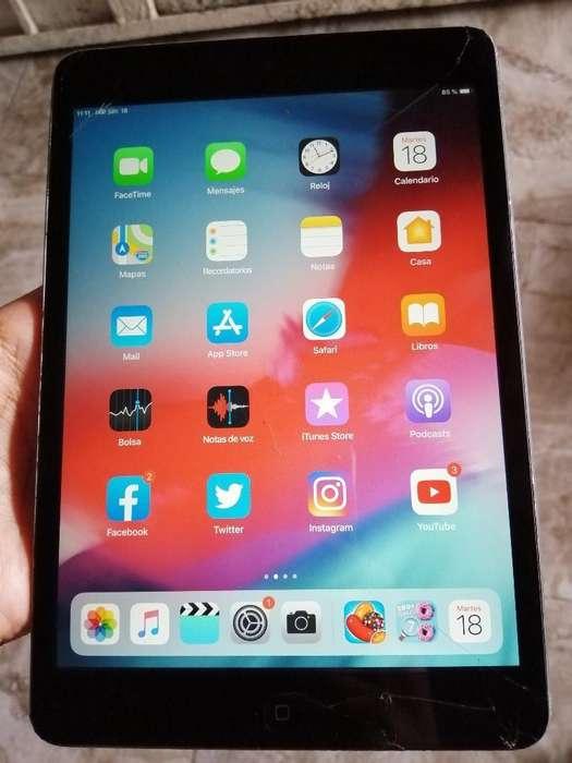 iPad Mini 2 de 32gb Pantalla 8p Trizada
