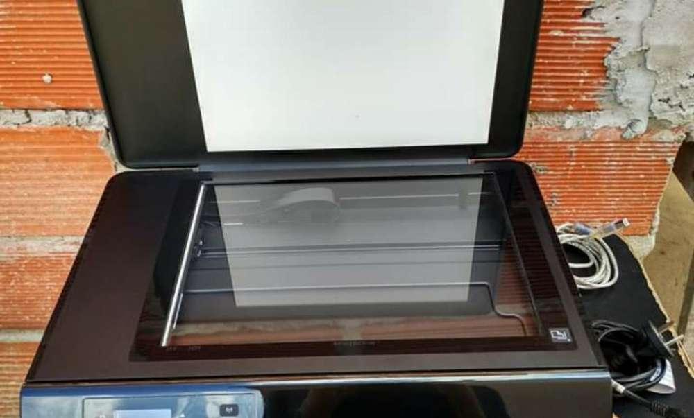 Impresora <strong>hp</strong> Imprime Blanco/negro/color