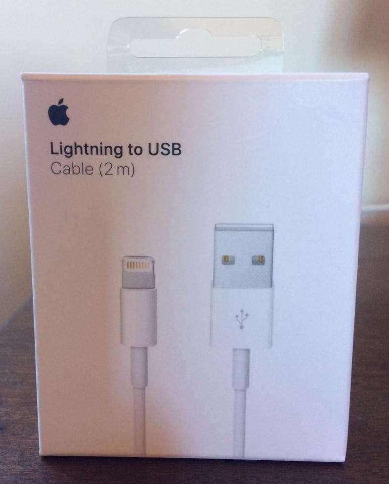 deccbc810d0 Cable de IPhone IPad IPod Original Apple USA Cargador Lightning de 2 metros  en Caja Original